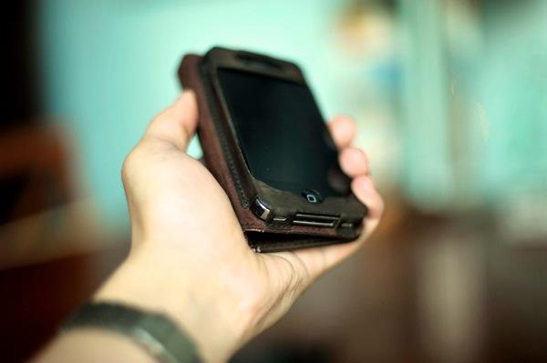 IPhone Wallet Case Comparison 6