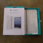 logitech-ultrathin-mini-box 2