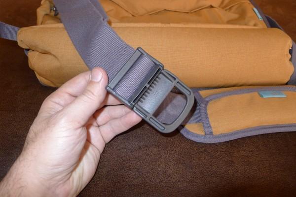 stm-nomad-buckle-clip