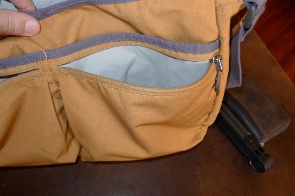 stm-nomad-front-right-zippered-pocket