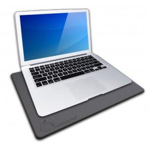 defenderpad-laptop-black-500x500