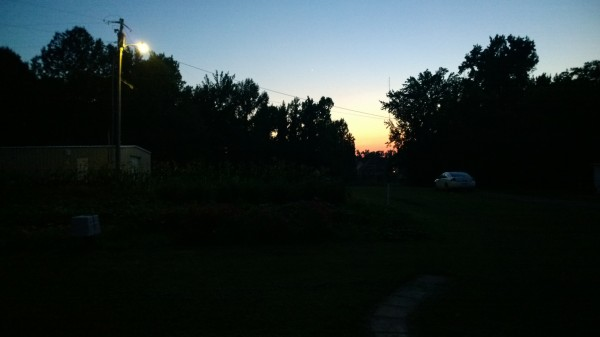 lumia-1020-outside-low-light-auto