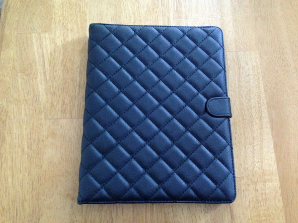 tufted-black-leather-case