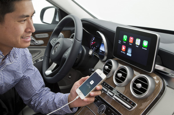carplay-benz-1
